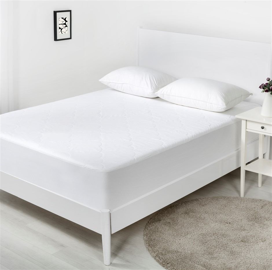 Dreamaker Cotton Filled Mattress Protector King Bed
