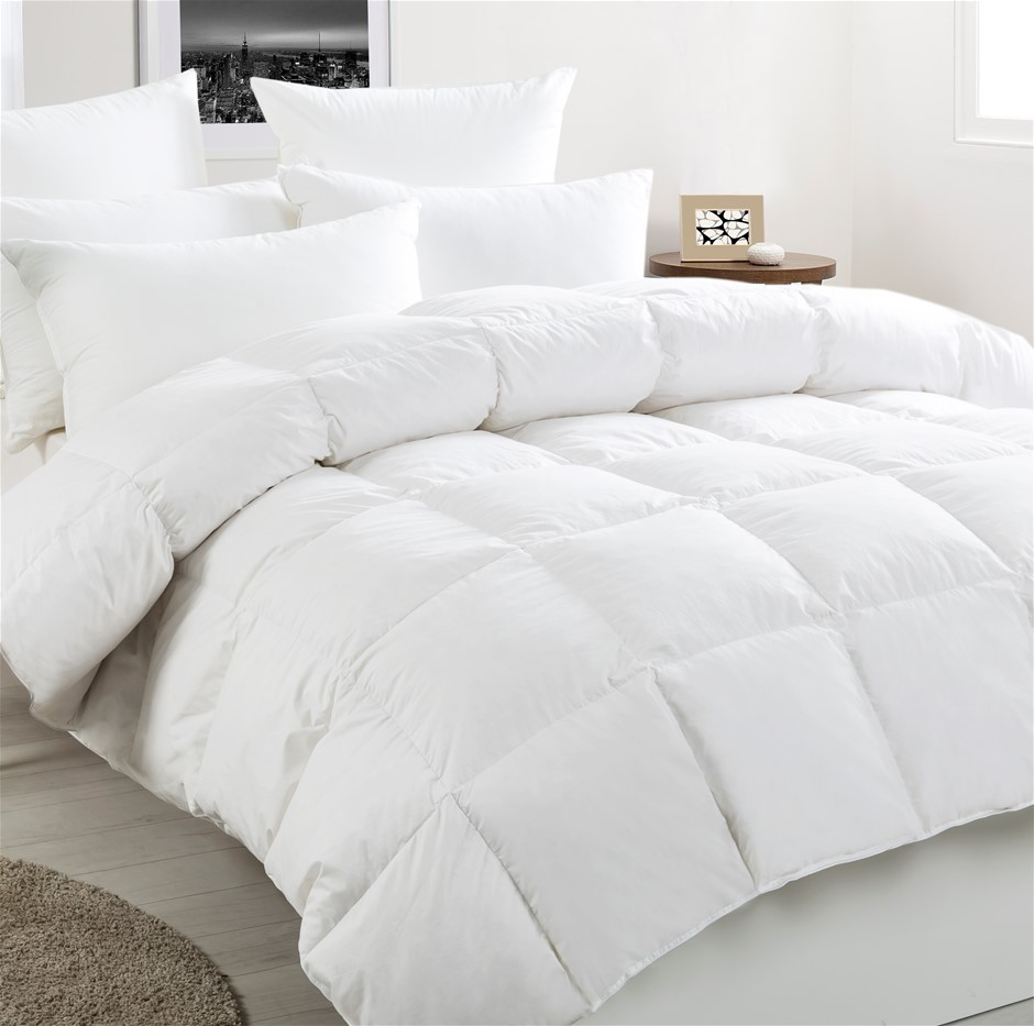 Dreamaker White Duck Down & Feather Winter Quilt Queen Bed