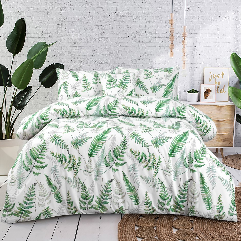 Dreamaker 300TC Cotton Sateen Printed Quilt Cover Set Green Ferns Queen Bed