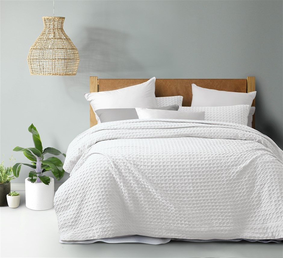 Dreamaker cotton waffle Quilt Cover Set SKB White