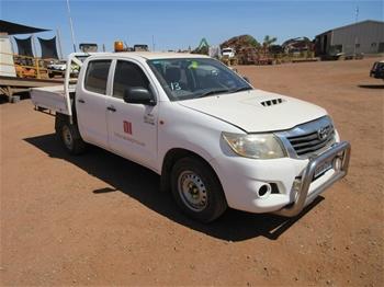 2011 Toyota Hilux 4x2 Dual Cab Trayback Utility