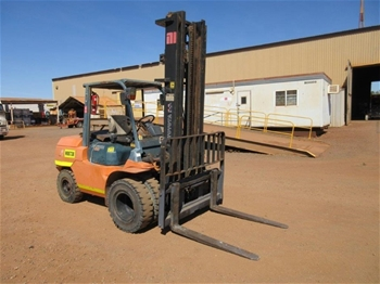 2006 Toyota 02-7FD45 4.5 T Forklift