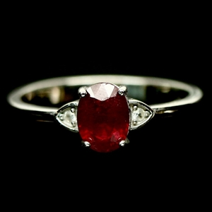 Beautiful Genuine Ruby & Topaz Ring.