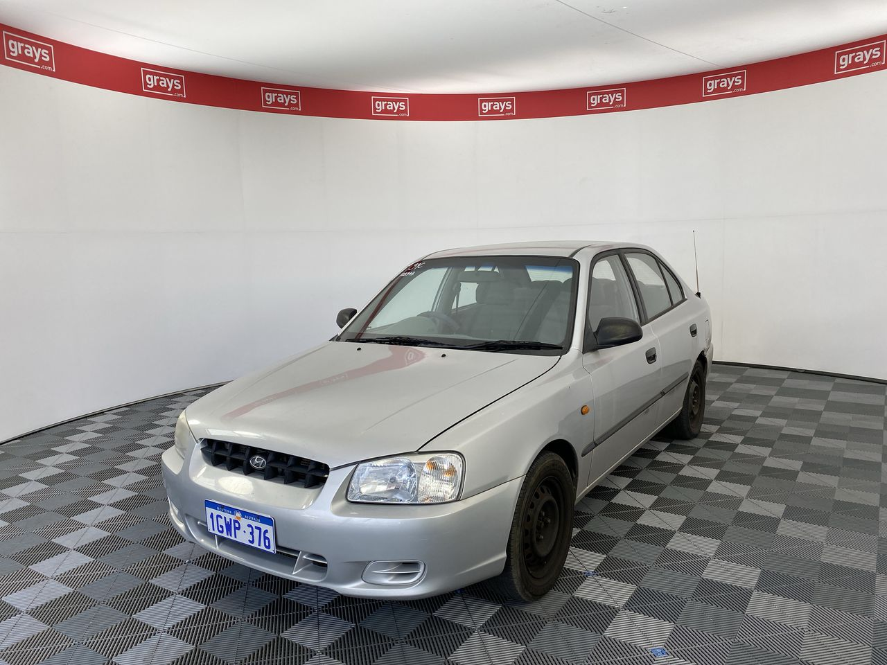 2001 Hyundai Accent GL LS Automatic Sedan