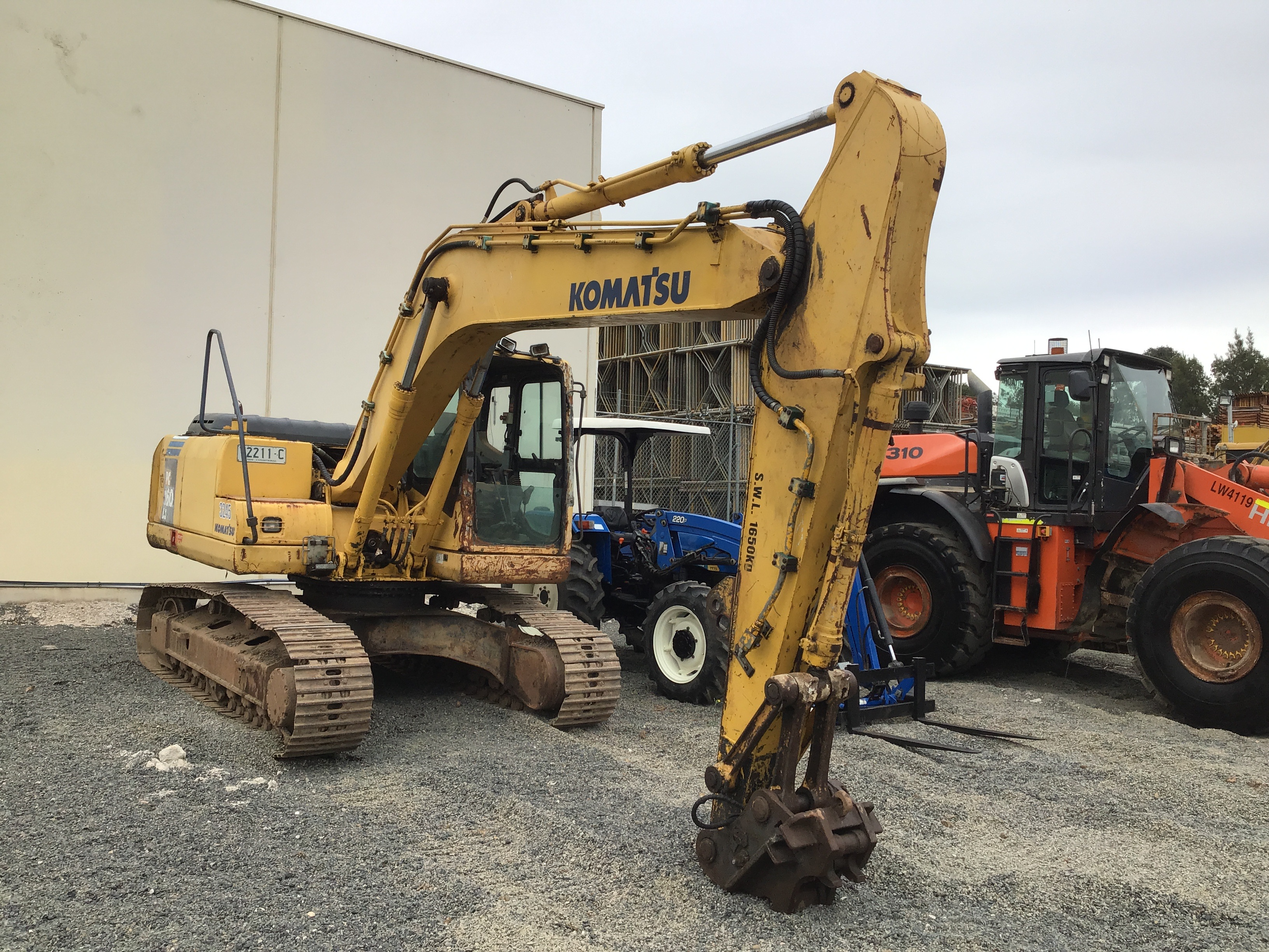 Komatsu PC160LC-7 Hydraulic Excavator