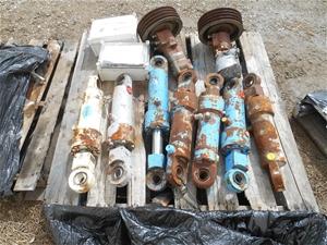 Pallet of Machine Parts Transcrete/FloCr