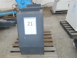 2x Fuel tanks Approx size: (L)880mm (W)5