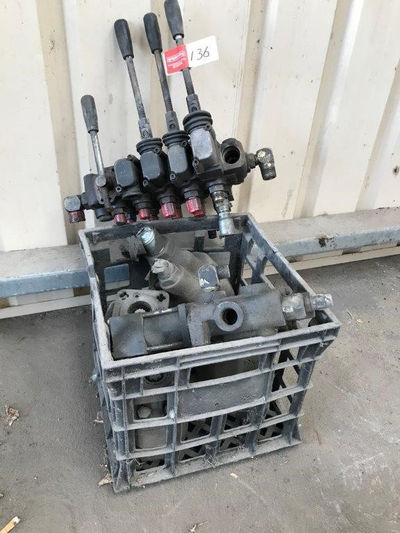 Assorted Hydraulic Truck Components