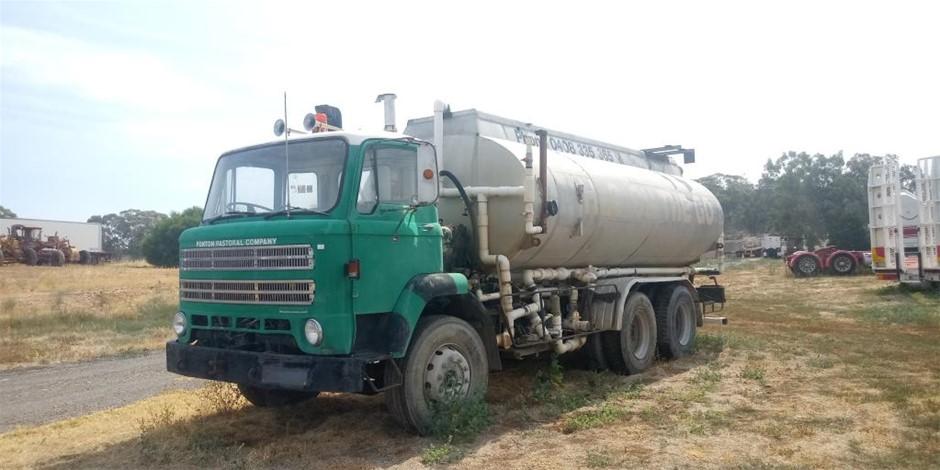 Leyland Water Truck