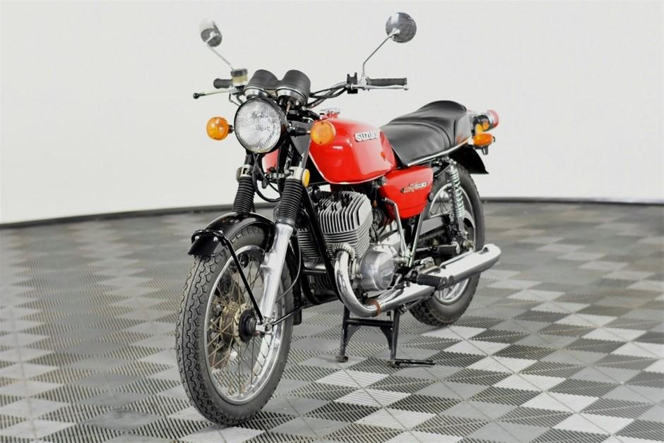 1977 Suzuki GT 500, 34,407 km indicated