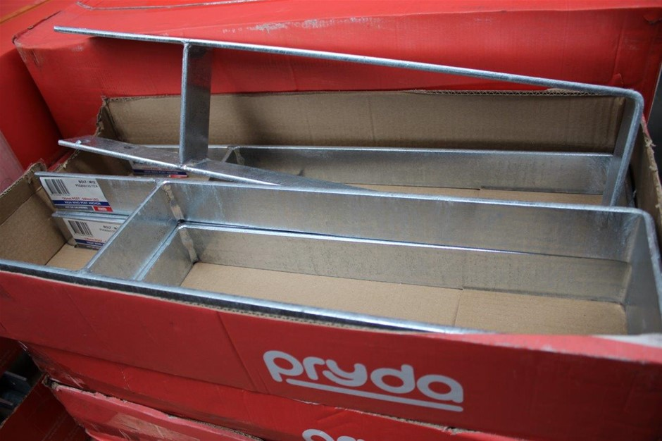 Box of 4 Pryda High Wind Post Anchor 125mm Post 600mm