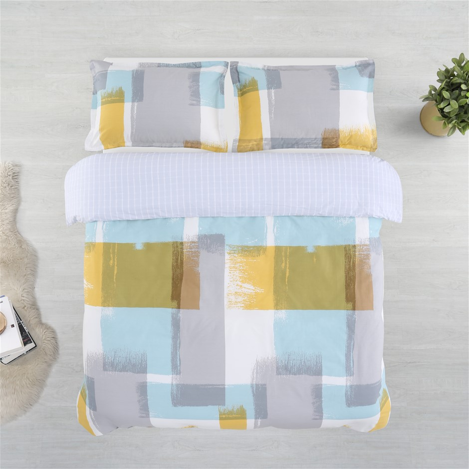 Dreamaker Printed Cotton Sateen Quilt Cover Set King Bed Arctic