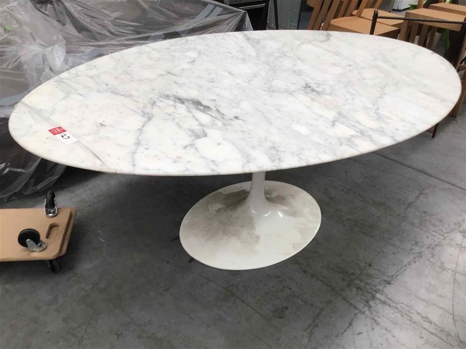 Original Saarinen Tulip Marble Dining Table