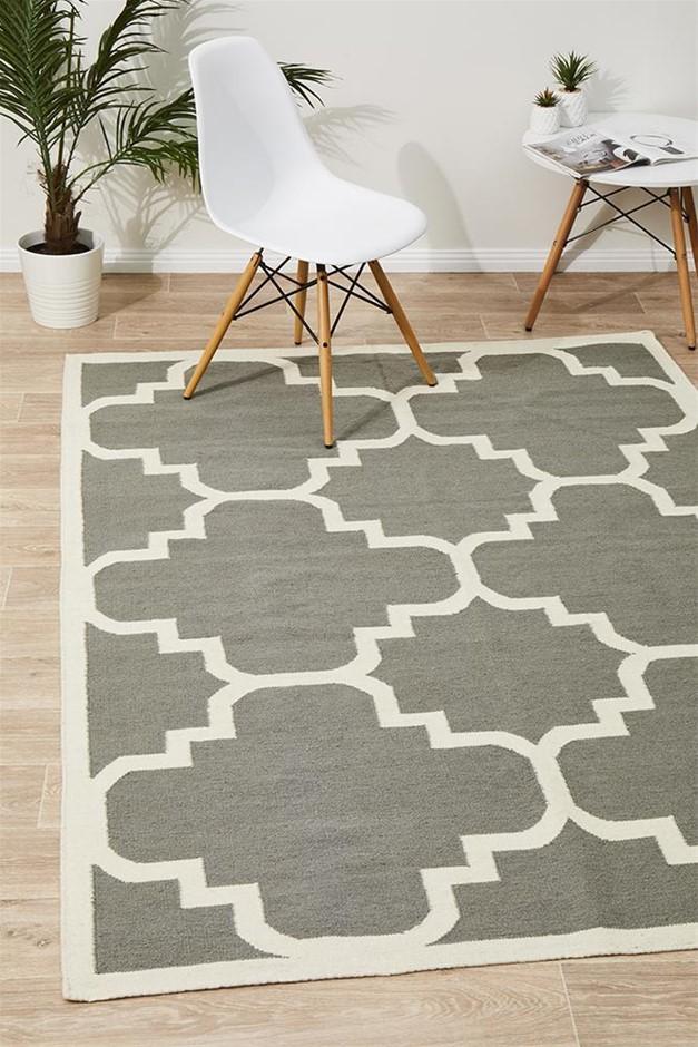 XL Grey Handmade Wool Trellis Flatwoven Rug - 320X230cm