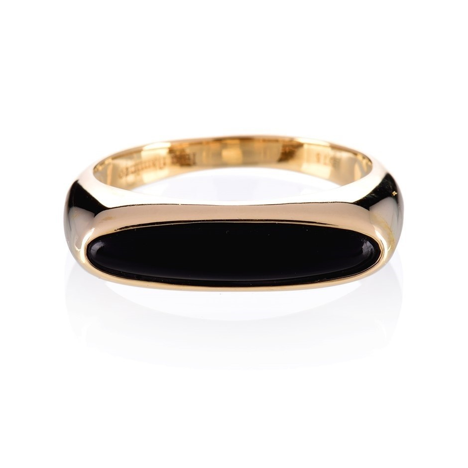 Solid 9ct yellow gold and onyx ring