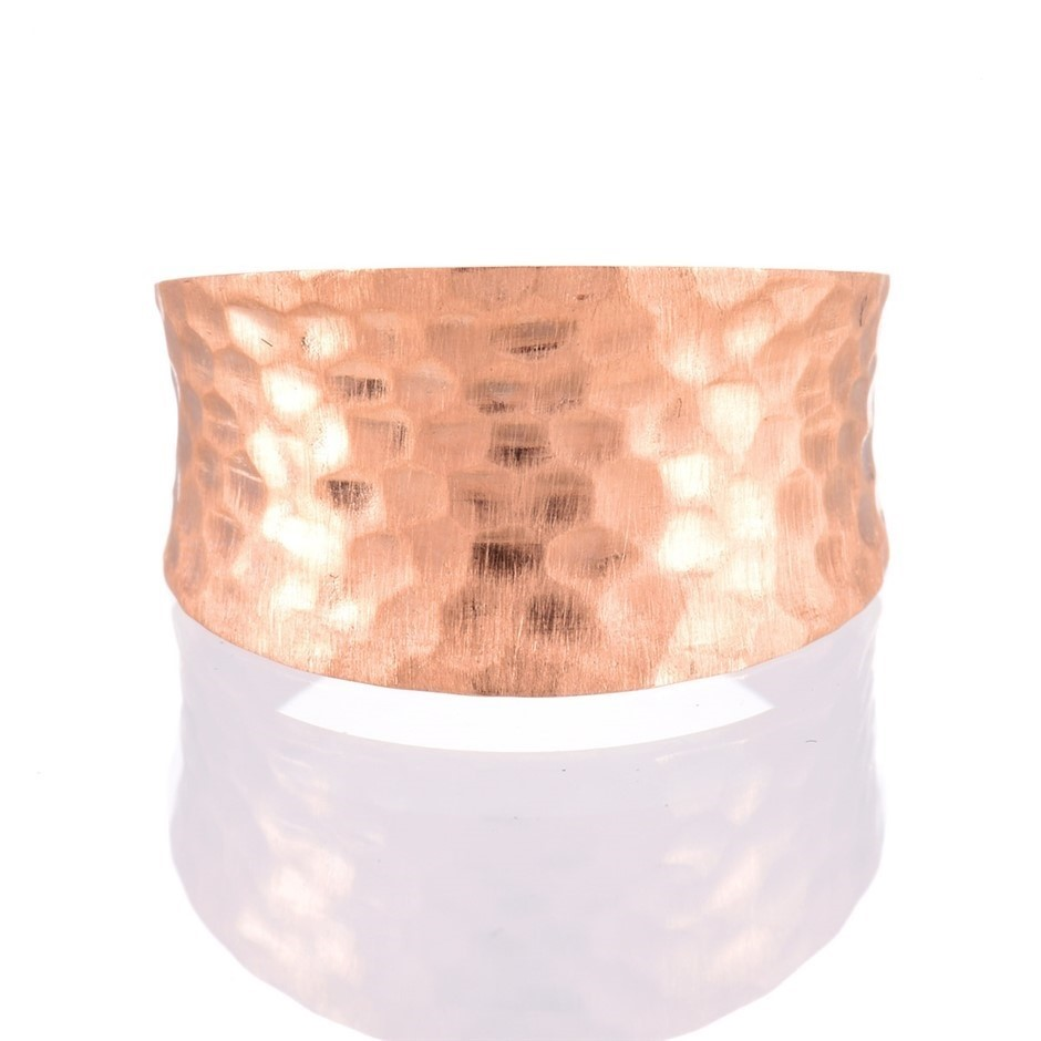Solid 9ct rose gold hammered finish ring