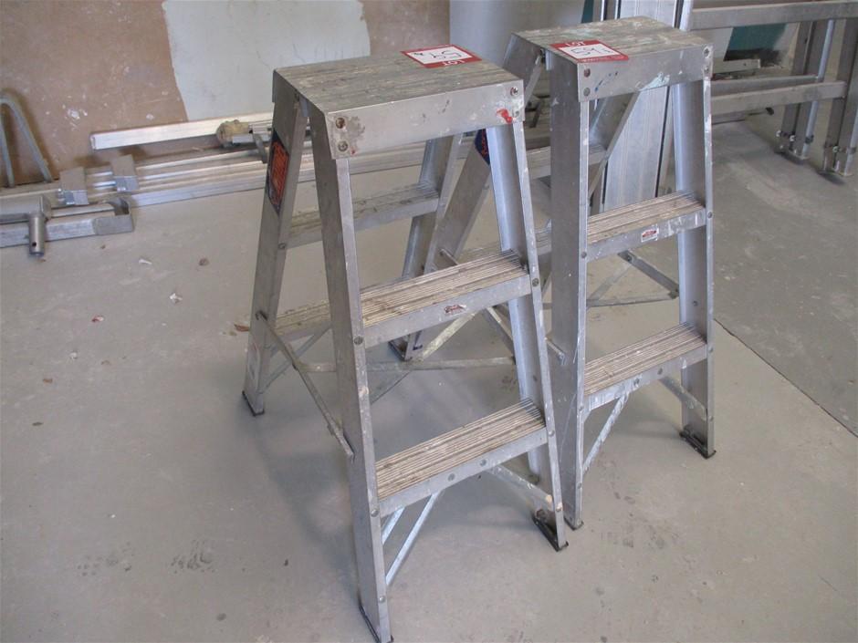 Qty 2 x Rhino DDS03 Double Sided Step Ladders