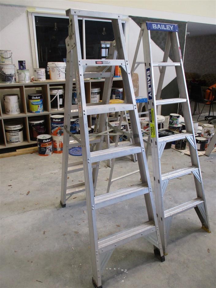Qty 2 x Ladders