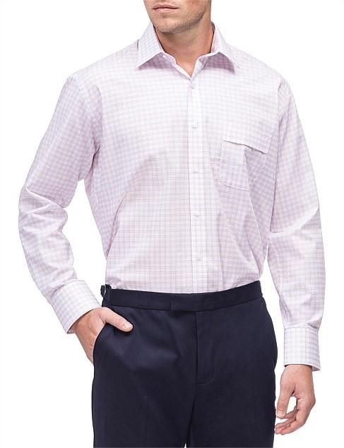 VAN HEUSEN White Ground Fine Oxblood Check Shirt. Size 44. Cotton/ Polyeste