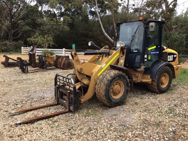 2010 Caterpillar 906H Integrated Tool Carrier (See Grays Note)