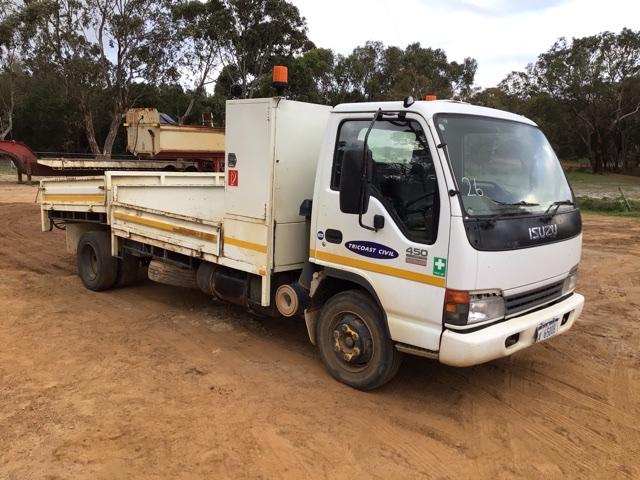 2005 Isuzu NQR 4 x 2 Tipper Truck