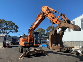 Doosan DX190W Wheeled Triple Boom Extension Excavator
