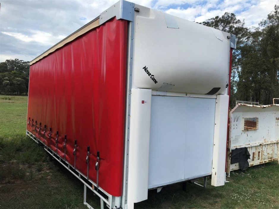 Tautliner Truck Body