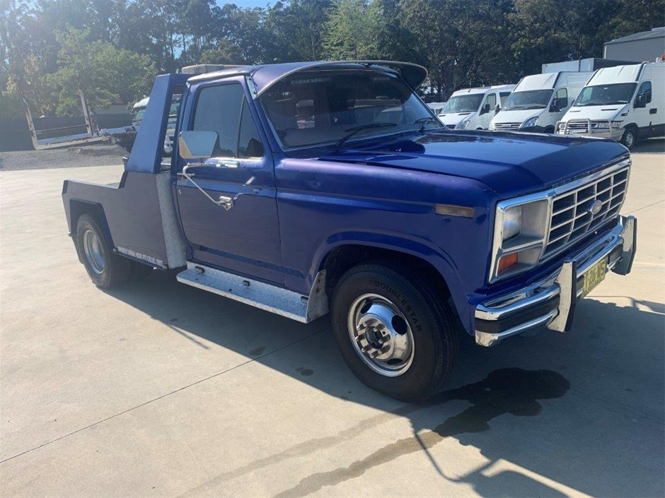 1981 Ford ST1 F350