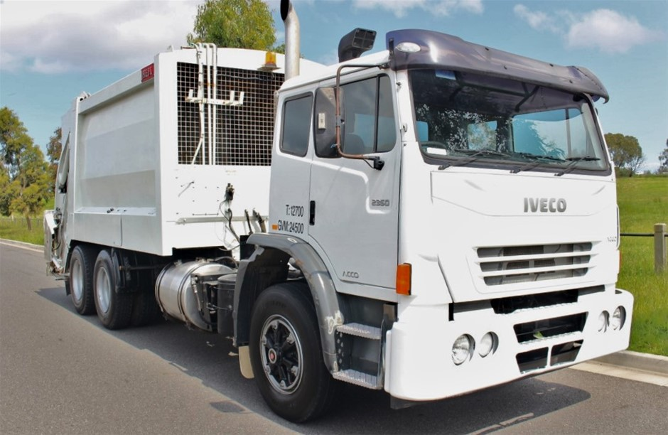 2009 Iveco Automatic Garbage Truck 121,330km`s