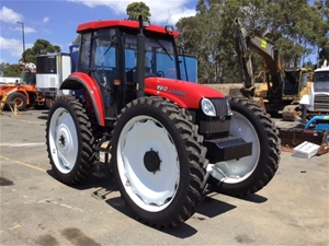 2016 YTO LX904H Tractor with 7 Hours