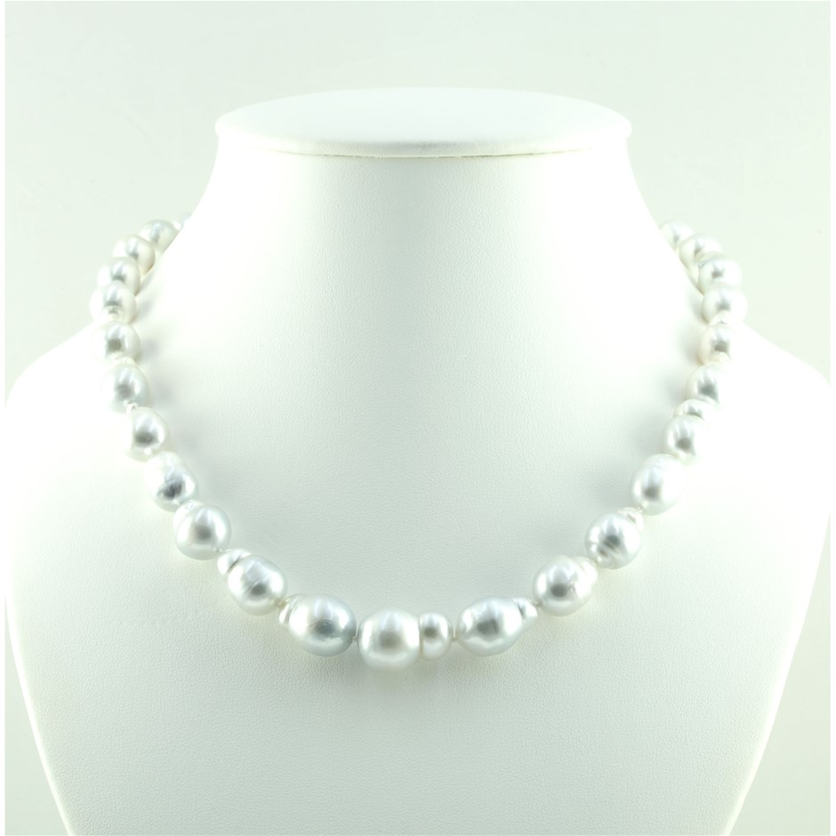 14ct White Gold Pearl Necklace