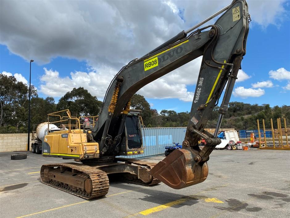 2011 Volvo EC290CL Hydraulic Excavator