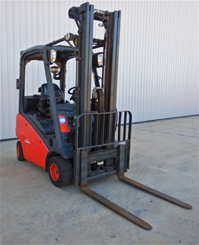 2012 Linde H18D 4 Wheel Counterbalance Forklift