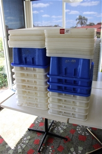 15x Large Storage Containers & Lids