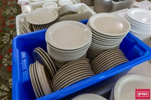 Carlisle Melamine Dinner Plates