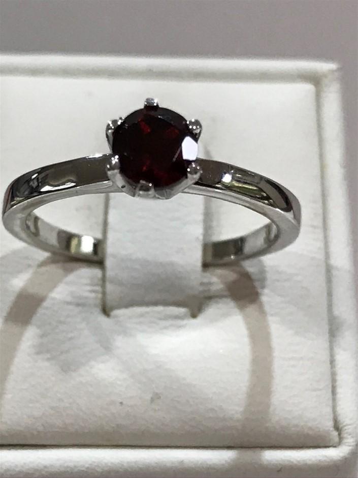 Stunning Genuine Garnet & 18K W/Gold Vermeil Ring. Size M 1/2 (6.75)