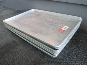 Qty 8 x Metal Trays
