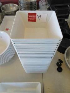 30 Square Plastic Bowls