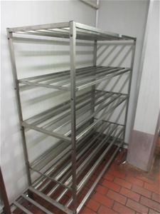 2x Shelving 1x Stand