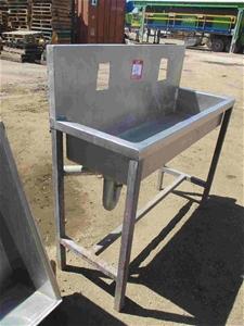 Stainless Steel Sink with Splashback