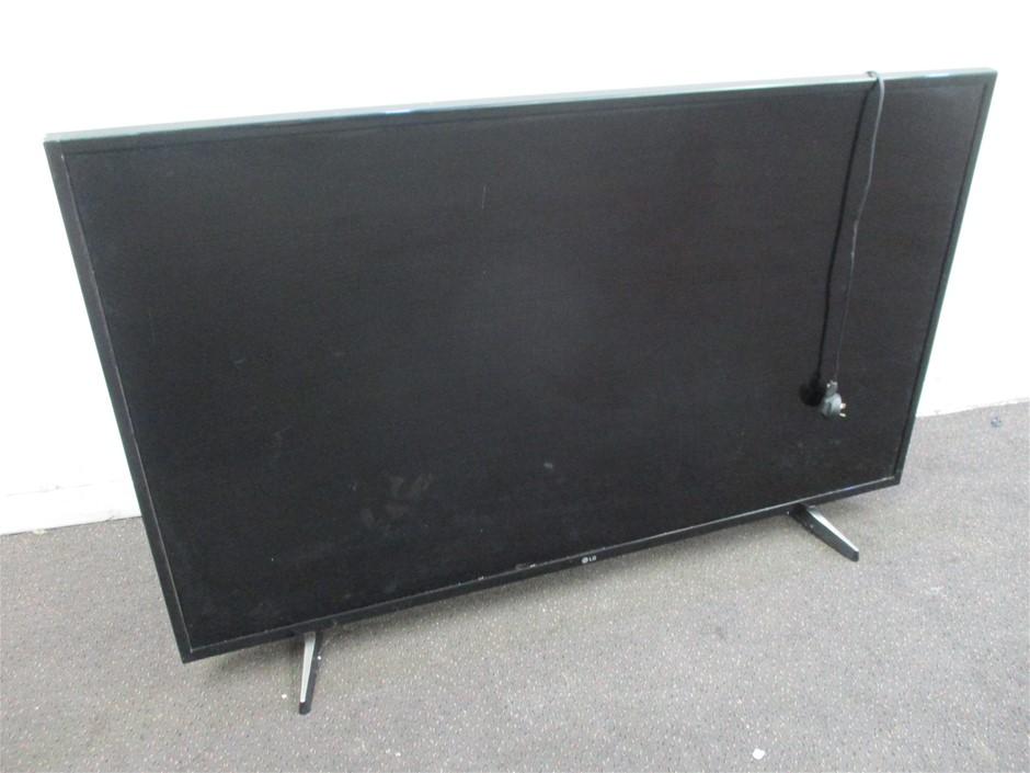 "LG 4K UHD 49"" LED/LCD Smart TV"
