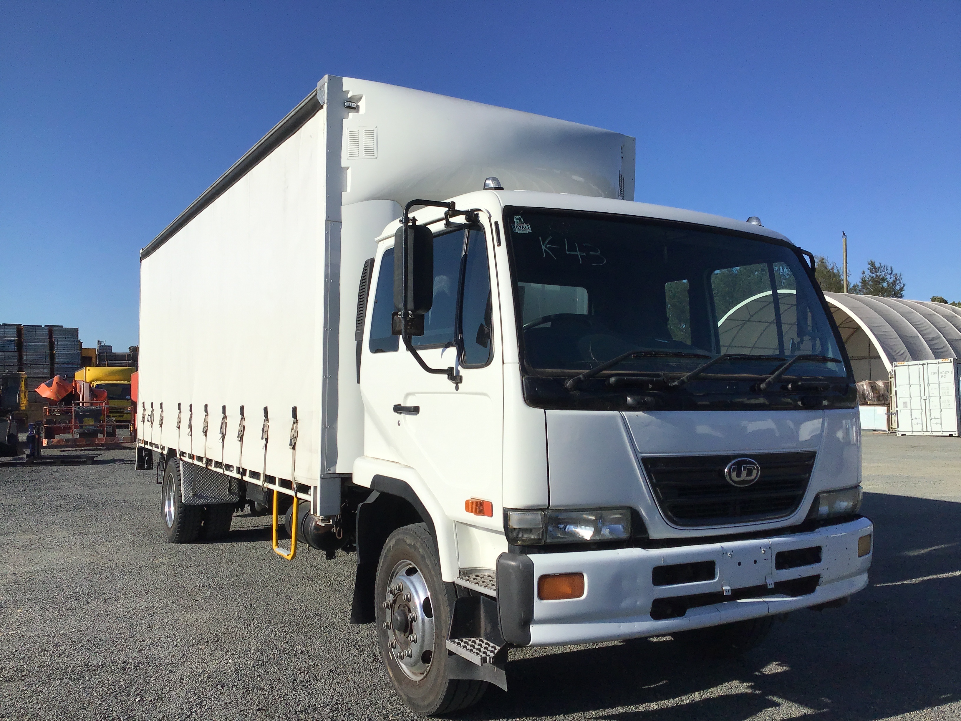 2008 U.D. PKC37A 4 x 2 Curtainsider Rigid Truck