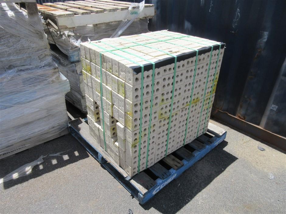 20 x Packs of Standard Limestone Hue Bricks
