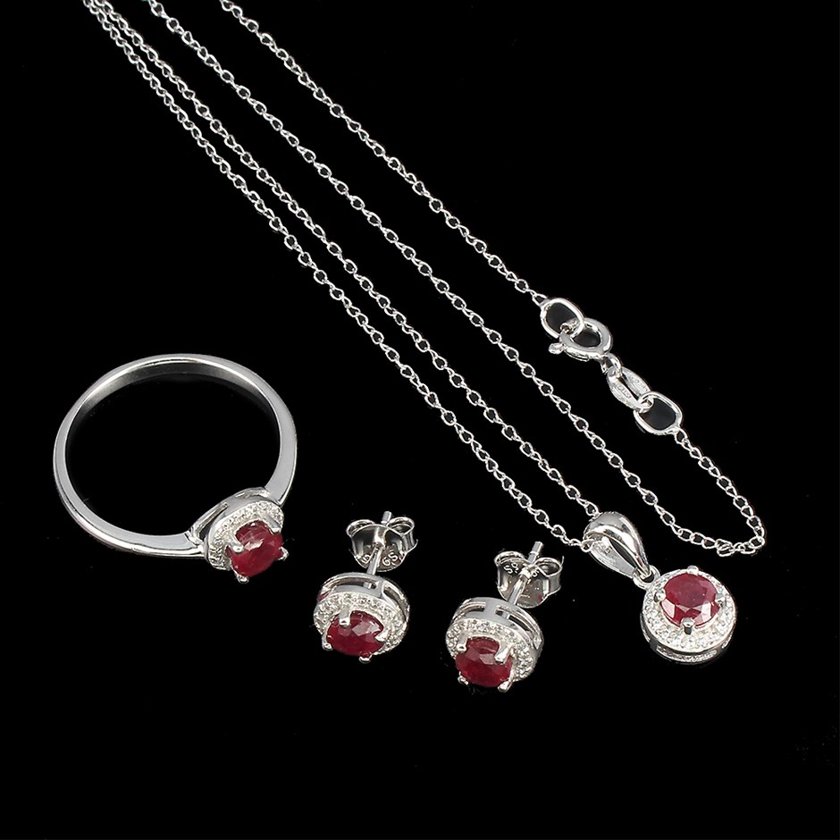 Beautiful Genuine Ruby Earring Ring & Necklace Set