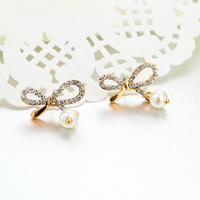 18k Gold-filled Simulated Pearl Women Stud Earrings