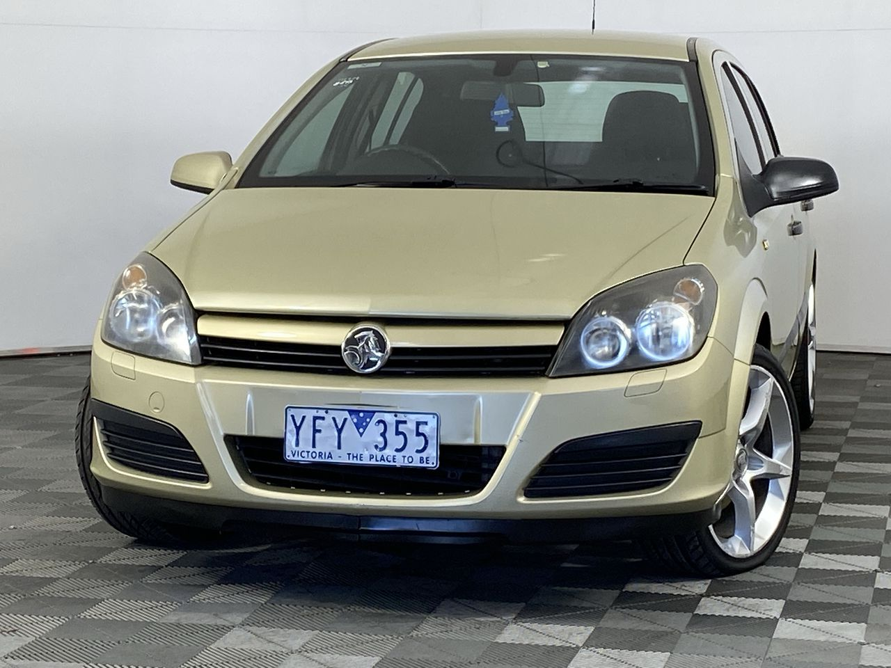 2005 Holden Astra CD AH Manual Hatchback