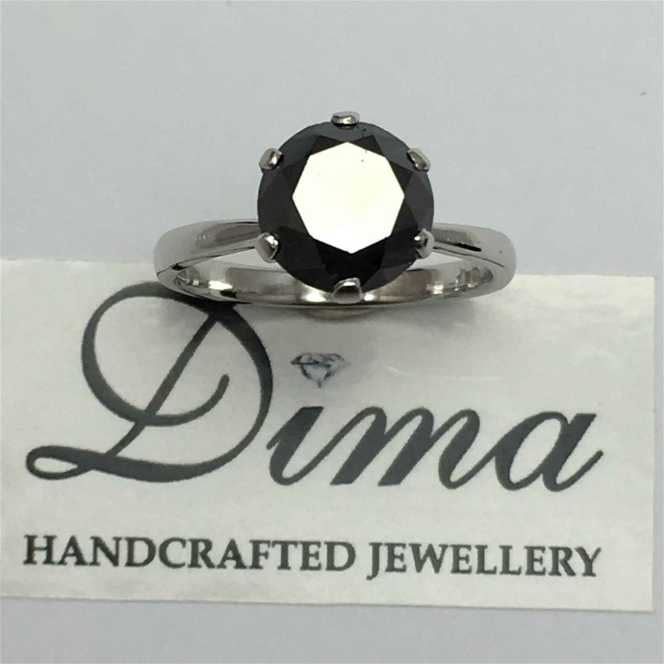 9ct White Gold, 3.06ct Diamond Ring