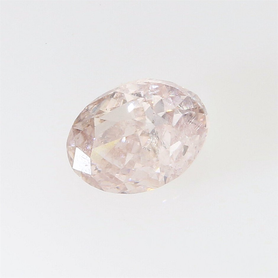 One Loose Diamond, 0.32ct in Total