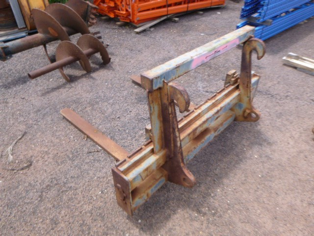 Jaws Buckets and Attachments Forklift Attachment for Front End Loader