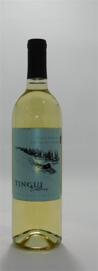 Tingui Cellars Valle Central Sauvignon Blanc 2018 (12x 750mL), Chile. Cork.